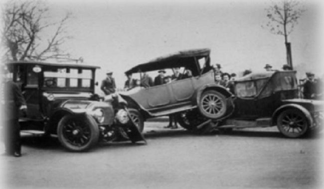 Première accident de voiture