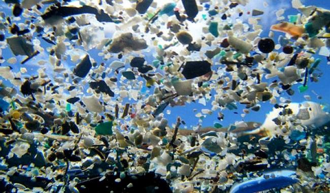 Plastique dans l'océan