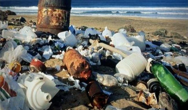 Plastique sur les plages