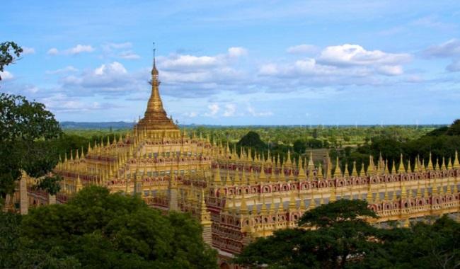 Thanboddhay au Myanmar statues de Bouddah