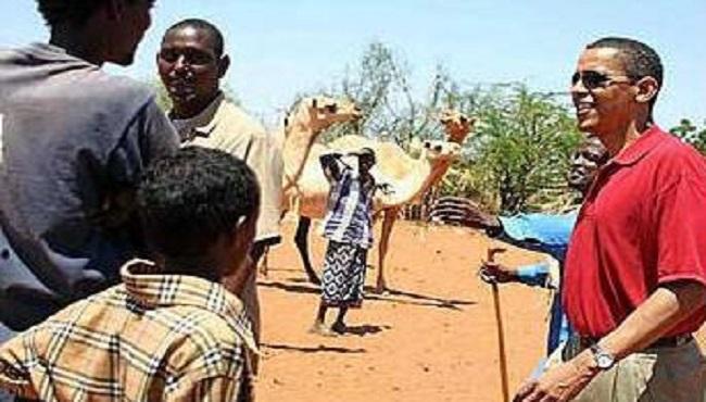 Barach Obama se voit offrir des chameaux par un groupe extrémiste