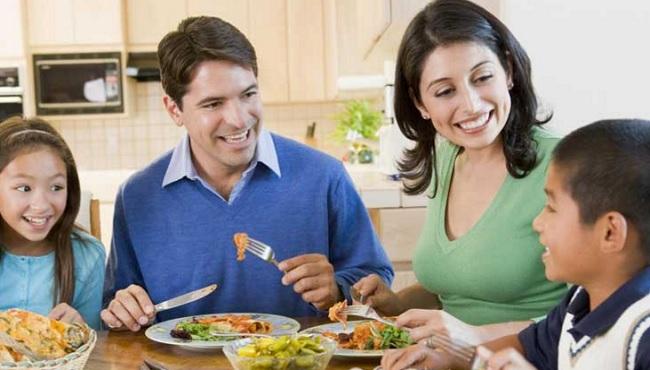 Mangez en famille