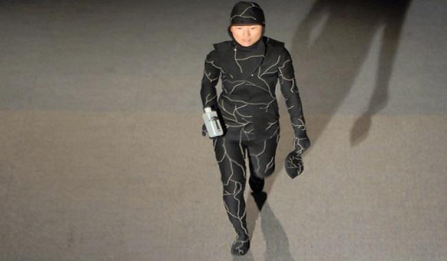 Jae Rhim Lee inventeur du costume d'enterrement de champignons