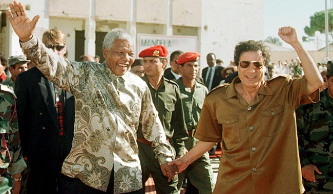Kaddaffi et Nelson Mandela