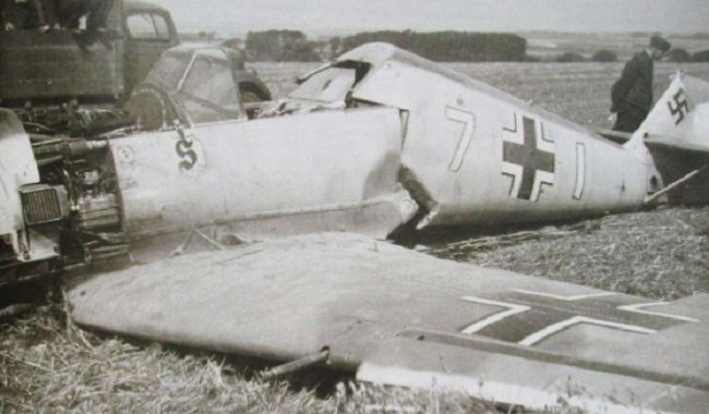 Avion de combat Allemand détruit, 2eme Guerre Mondiale